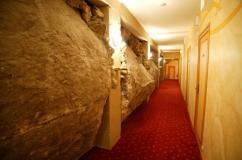 Hotel Cro-Magnon interior wall